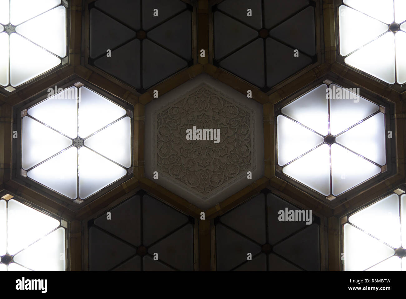 Light fixtures on the ceiling of one of the stations in Tashkent Metro - Uzbekistan - Stock Image