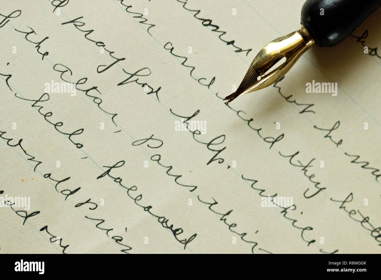 Vintage hand-written letter with fountain pen. - Stock Image