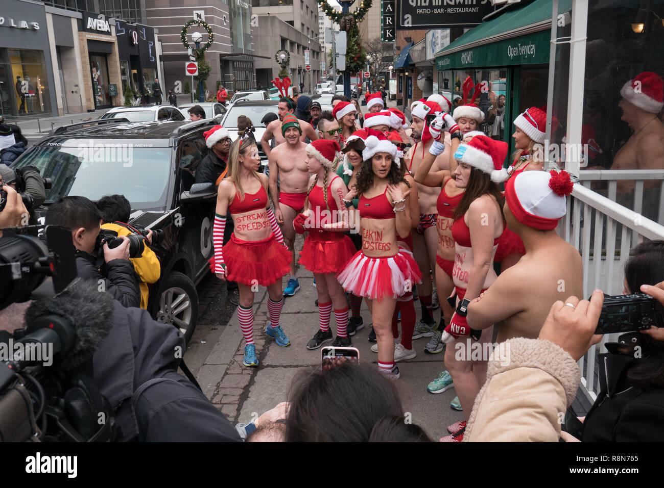 2b315fec11649 people getting ready to participate in the annual santa speedo run in  Toronto Canada to raise