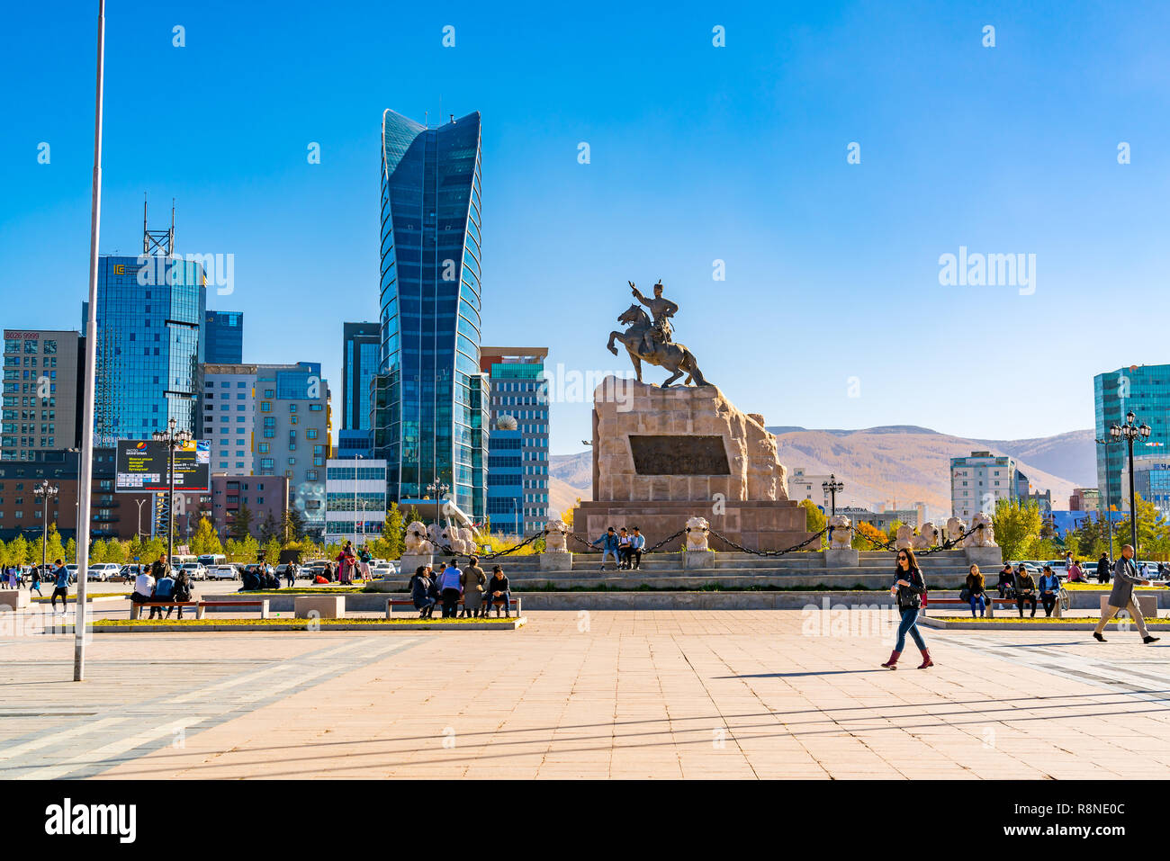ULAANBAATAR, MONGOLIA - OCTOBER 3, 2018 : Sukhbaatar Square or Genghis Khan Square with the Statue of Mongolian revolutionary hero Sukhbaatar and the  Stock Photo