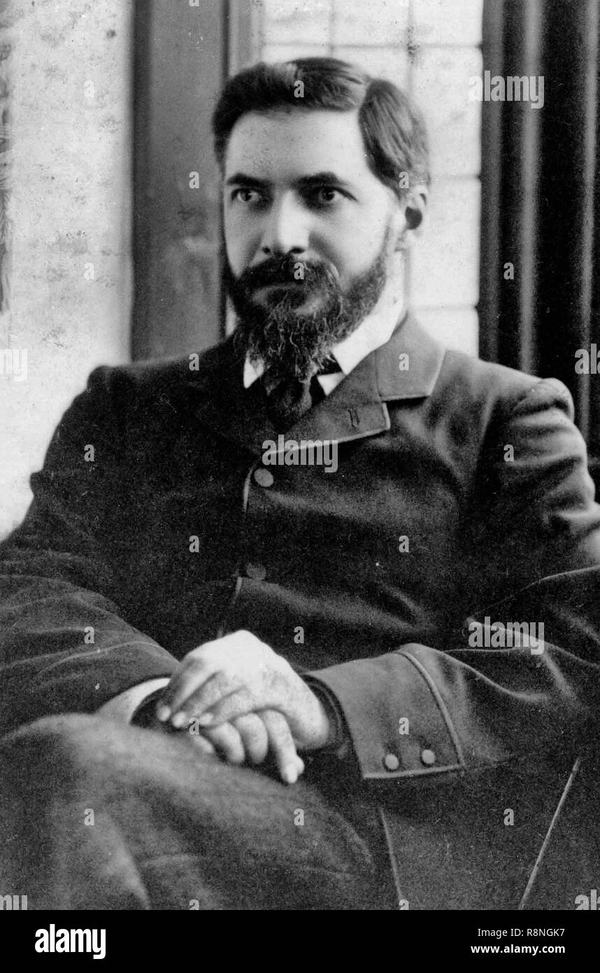 Sir William Matthew Flinders Petrie, FRS, FBA (3 June 1853 – 28 July 1942), commonly known as Flinders Petrie, was an English Egyptologist and a pioneer of systematic methodology in archaeology and preservation of artifacts. Circa 1923 - Stock Image