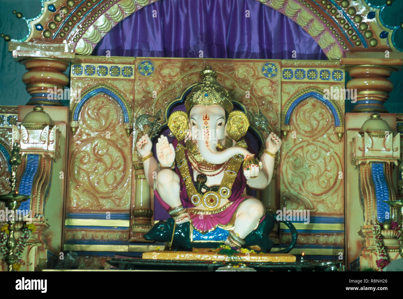 Guruji Stock Photos & Guruji Stock Images - Alamy
