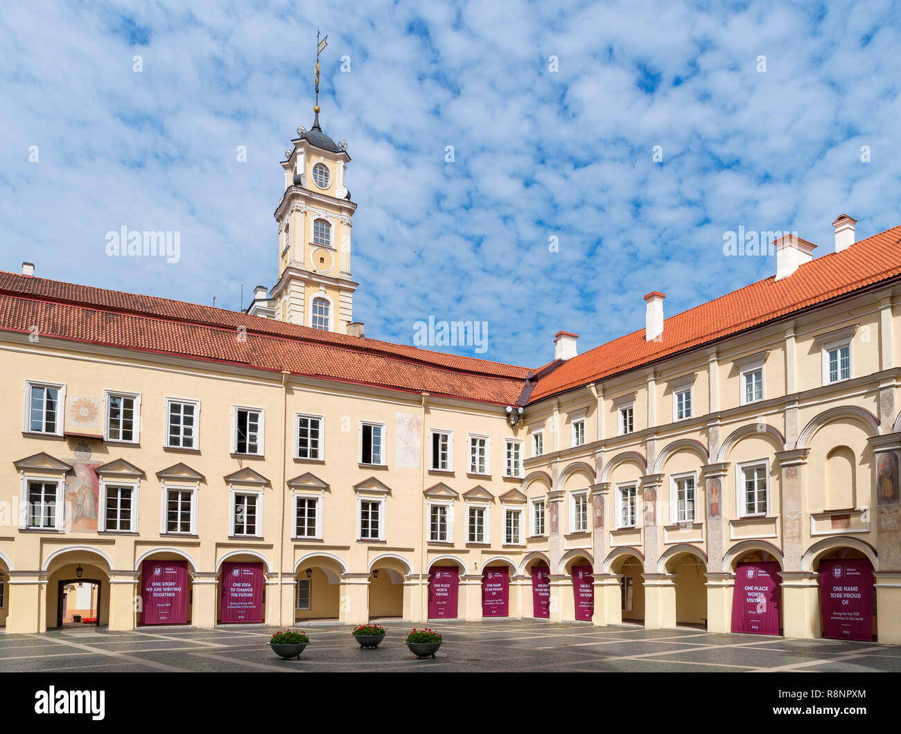 6a606b3533 Vilnius University, Vilnius, Lithuania Stock Photo: 229131020 - Alamy