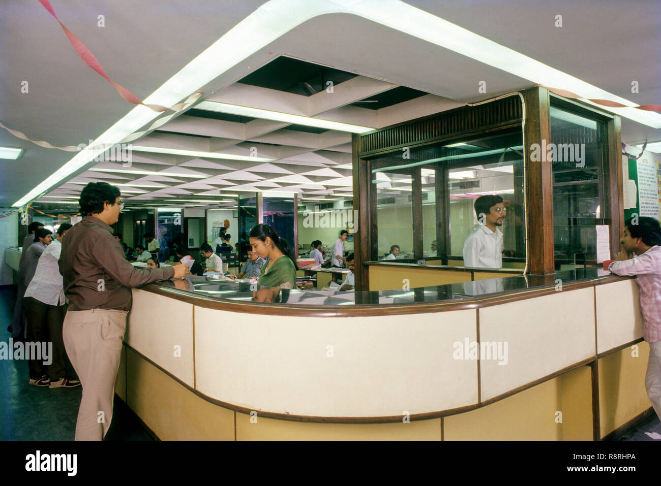 Bank Interior Counter High Resolution Stock Photography And Images Alamy