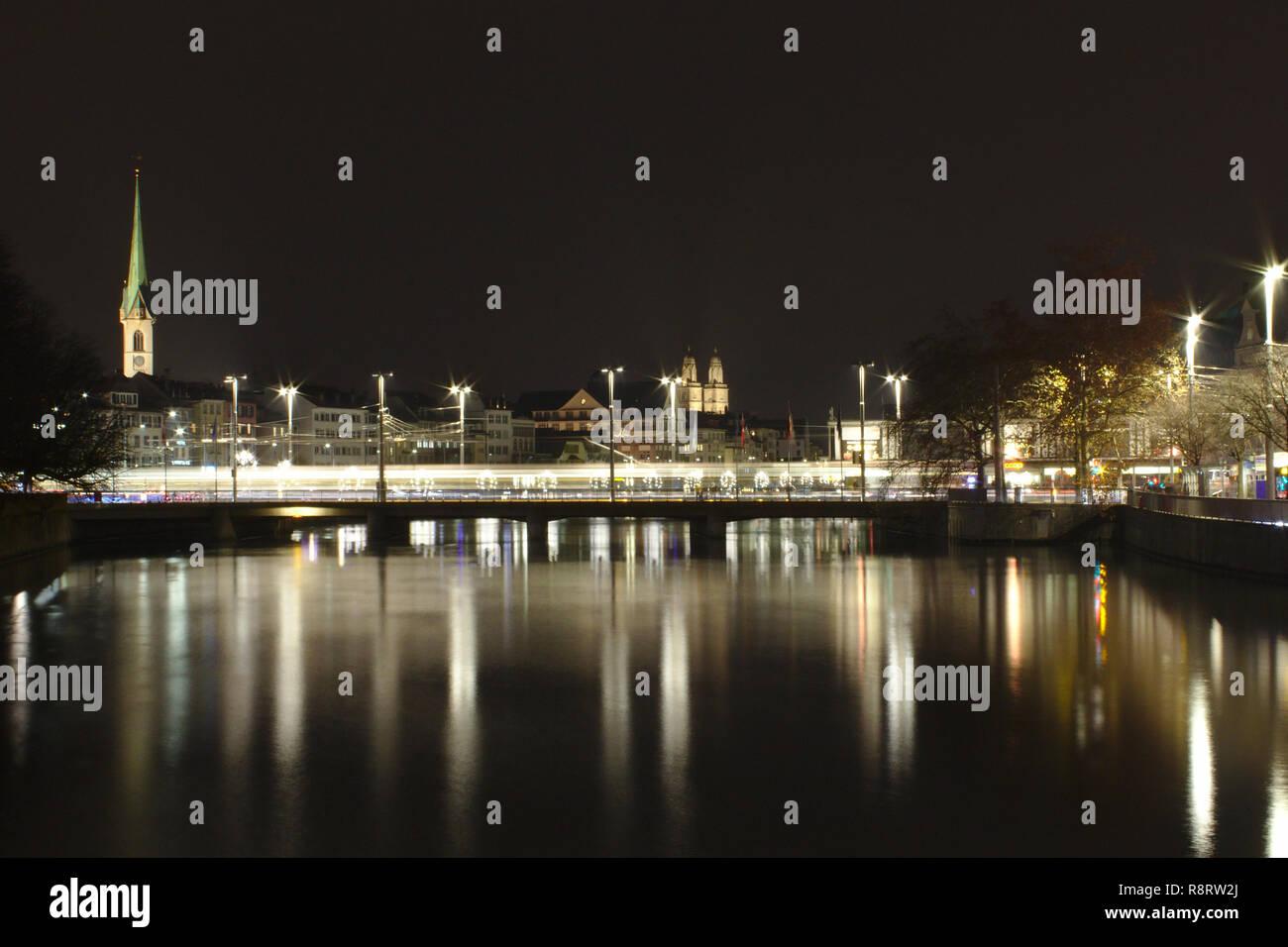 A night shot of Zürich city - Stock Image