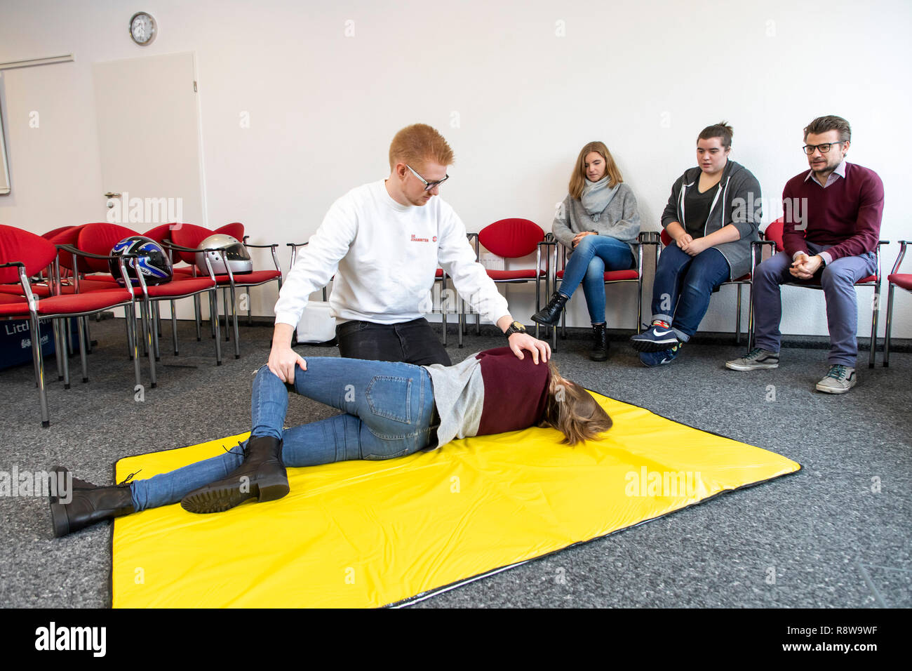 First Aid Course, First Aid Training, Emergencies, Practice Training, Stable Lateral Position, - Stock Image