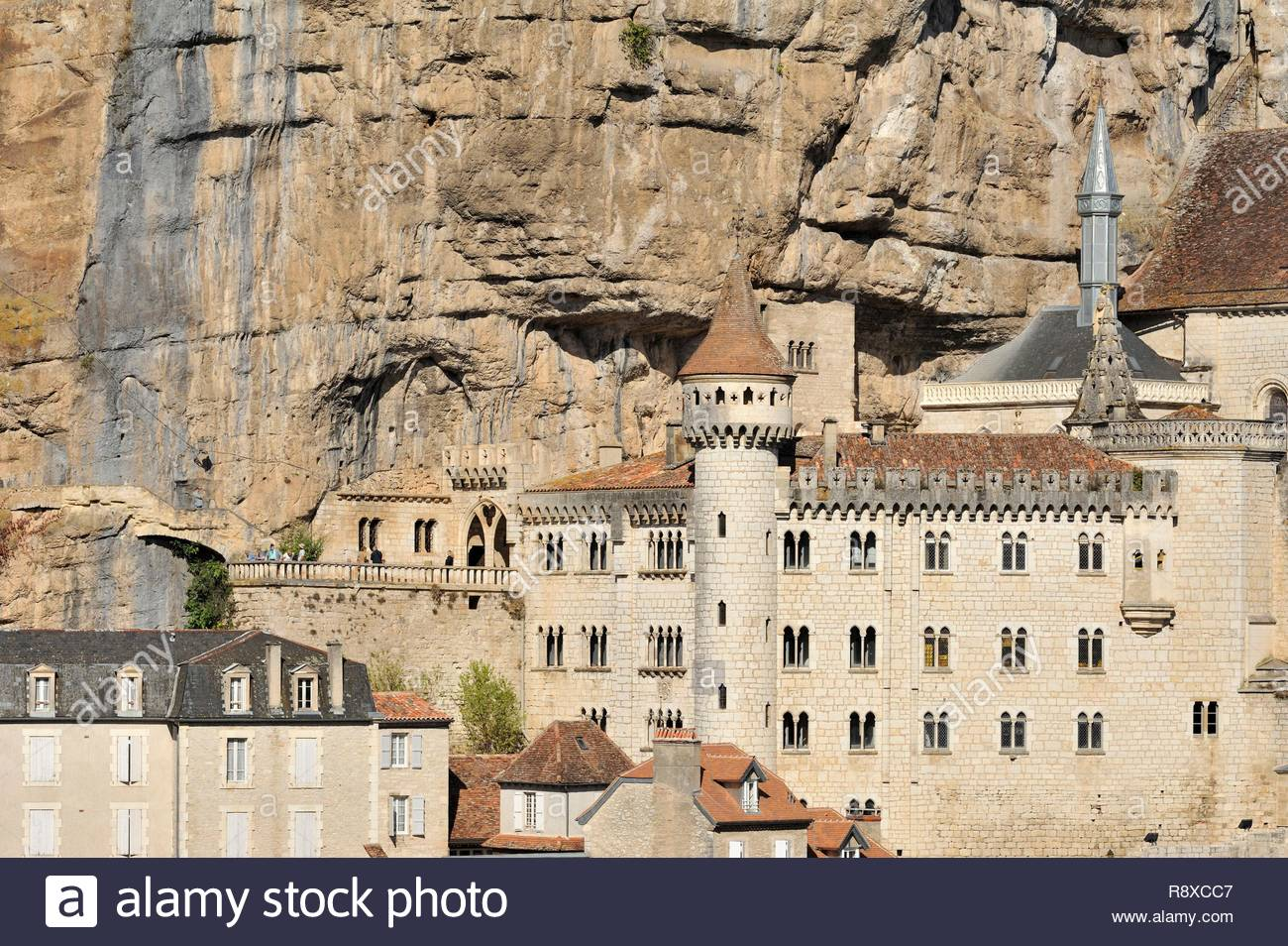 France, Lot, Haut Quercy, Rocamadour, medieval religious city with its sanctuaries and step of the road to Santiago de Compostela - Stock Image