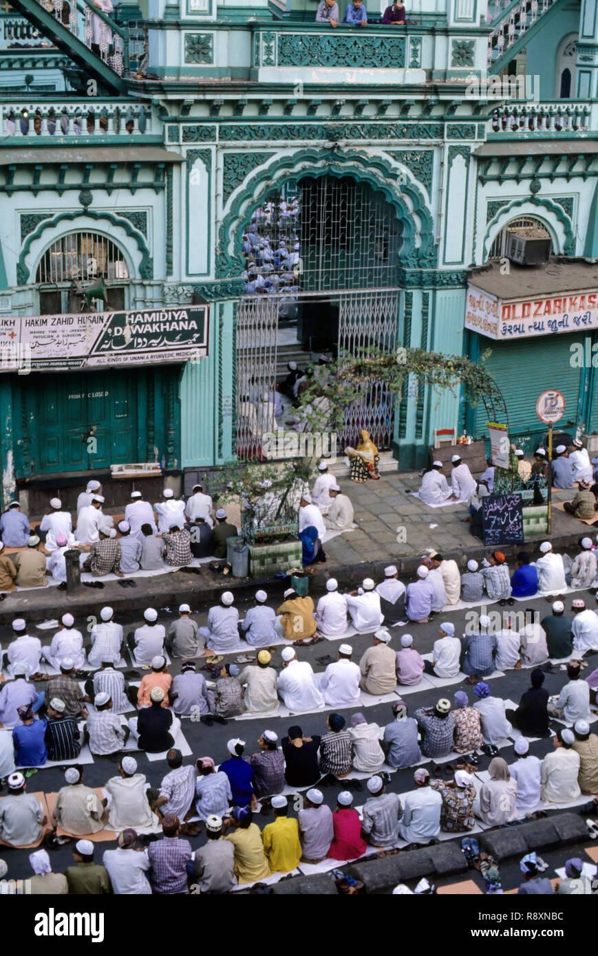 Muslims celebrating Ramzan Id - Stock Image