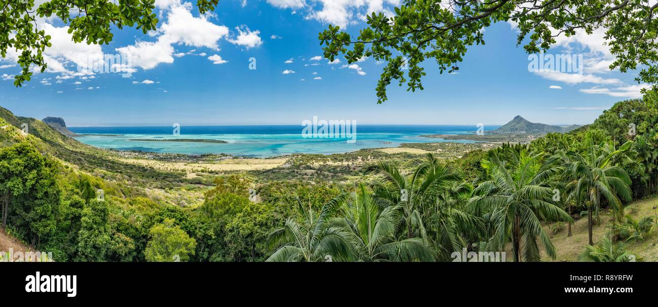 Mauritius, Black River disctrict, Chamarel, Le Chamarel Restaurant, view from the terrace - Stock Image
