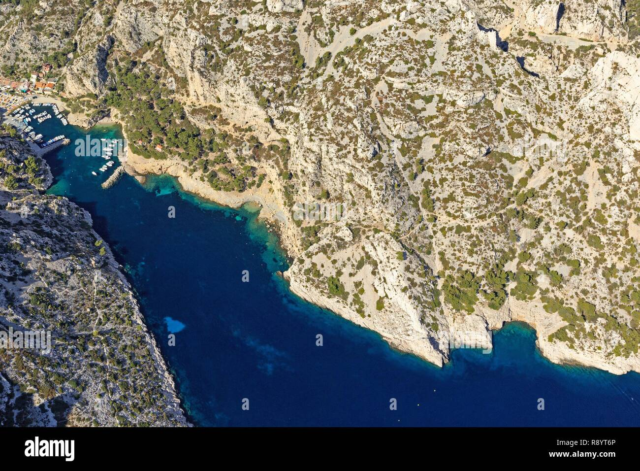 France, Bouches du Rhone, Calanques National Park, Marseille, 9th arrondissement, cove of Morgiou (aerial view) - Stock Image