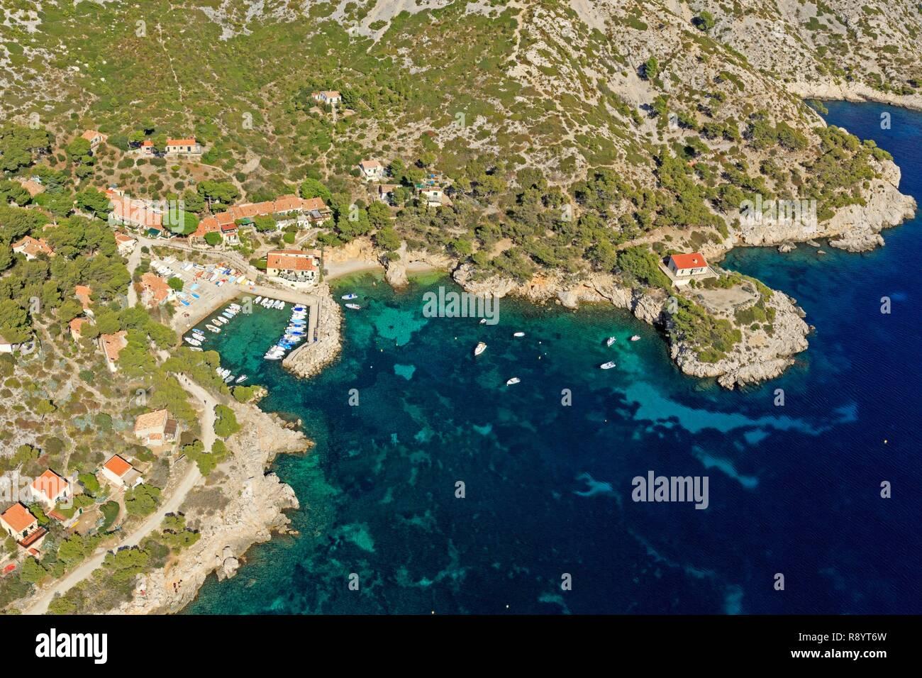 France, Bouches du Rhone, Calanques National Park, Marseille, 9th arrondissement, Calanque de Sormiou, Pointe de La Buse (aerial view) Stock Photo