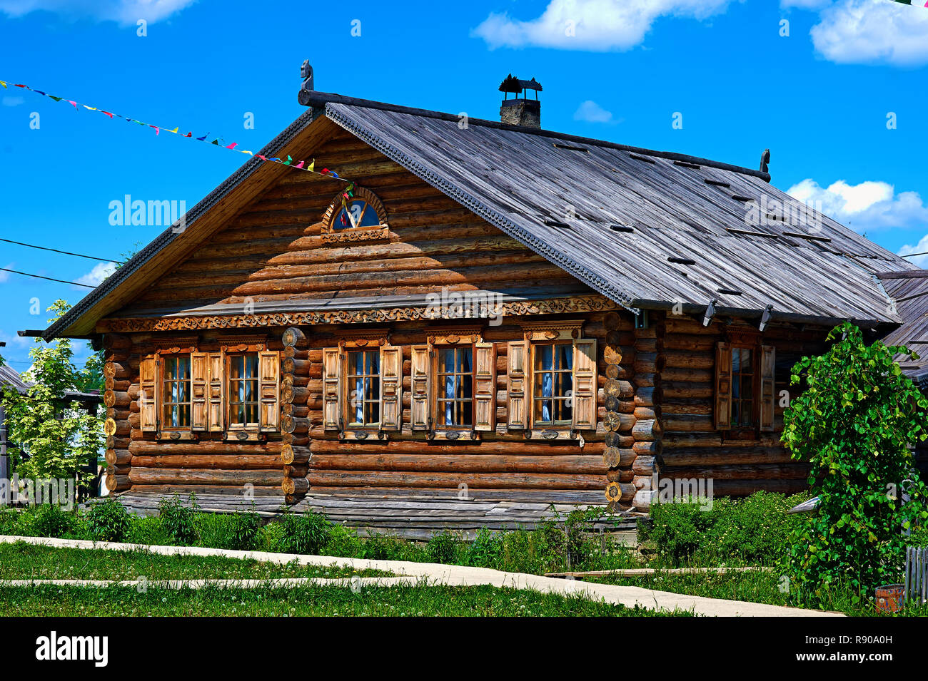 Traditional russian house (izba). - Stock Image