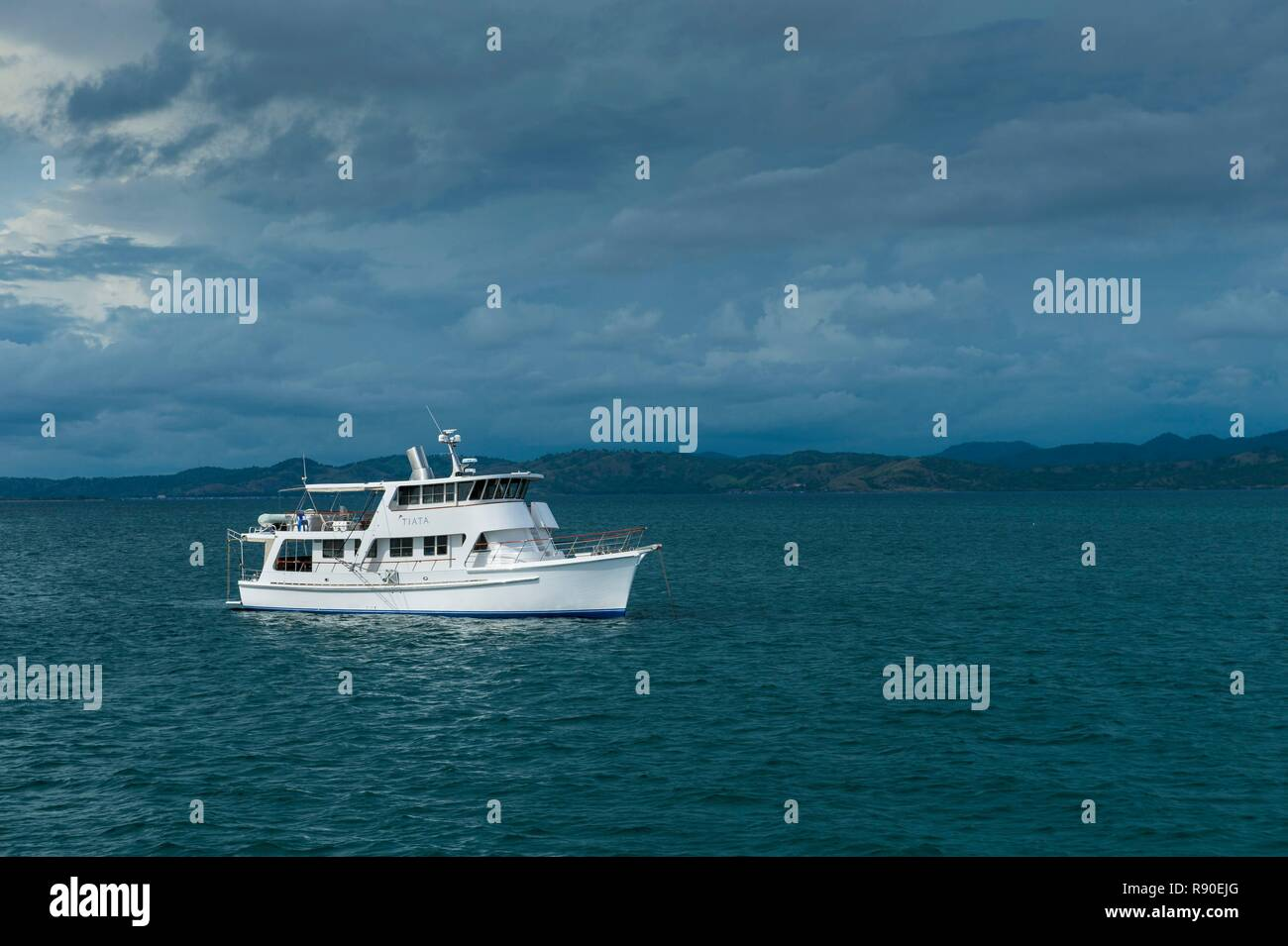 Papua New Guinea, National Capitale district, Port Moresby, yacht in the bay - Stock Image