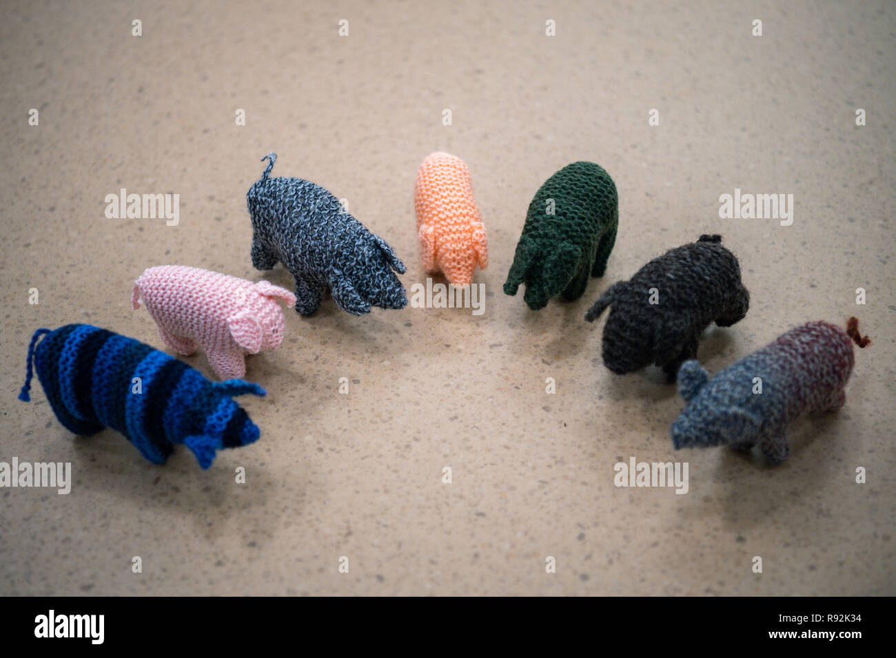 """Oldenburg, Germany. 18th Dec, 2018. A view of small woolly pigs called Kohlfietjes. Senior women in a housing project produce these by hand. (to dpa """"From Steckenpferd to Löwenhelm - this is how Niedersachsen markets itself"""" from 19.12.2018) Credit: Mohssen Assanimoghaddam/dpa/Alamy Live News Stock Photo"""