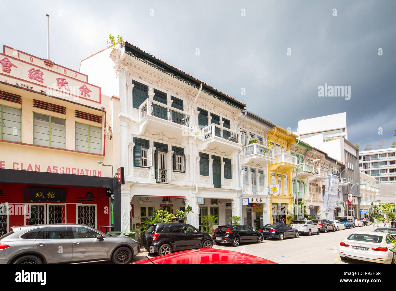 Long row of conserved shophouses located along Bukit Pasoh Road, Singapore Stock Photo