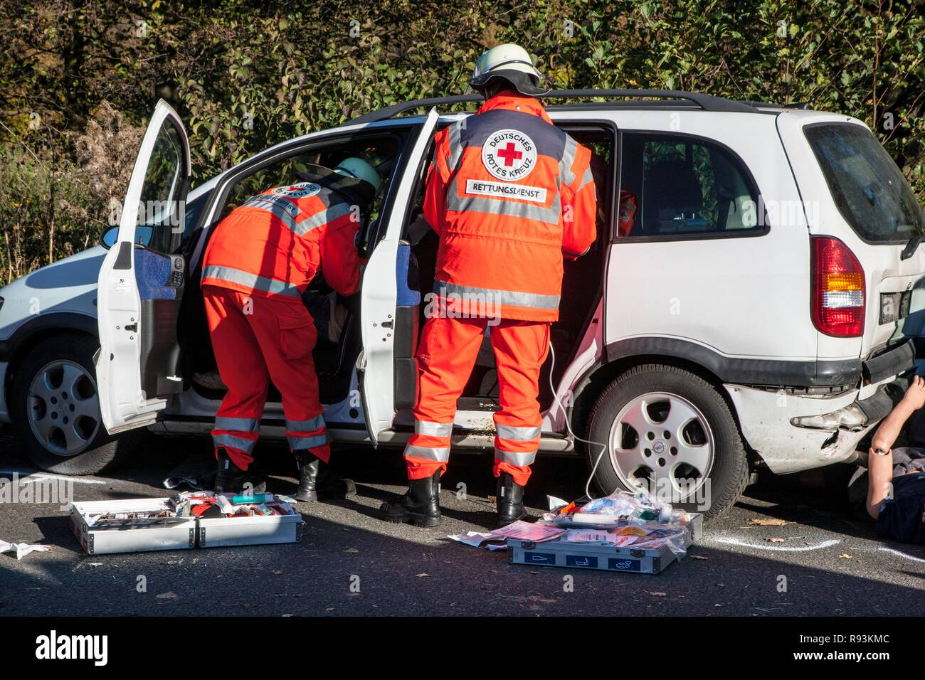 Emergency exercise with numerous rescue organisations and the police taking part, staged mass accident on a motorway, Duelmen - Stock Image
