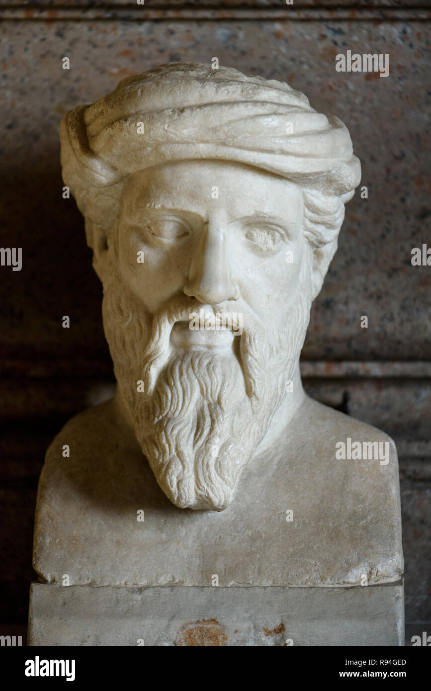 Rome. Italy. Portrait bust of ancient Greek philosopher and mathematician Pythagoras of Samos (ca. 570-ca. 495 BC) in the Hall of the Philosophers, Ca - Stock Image
