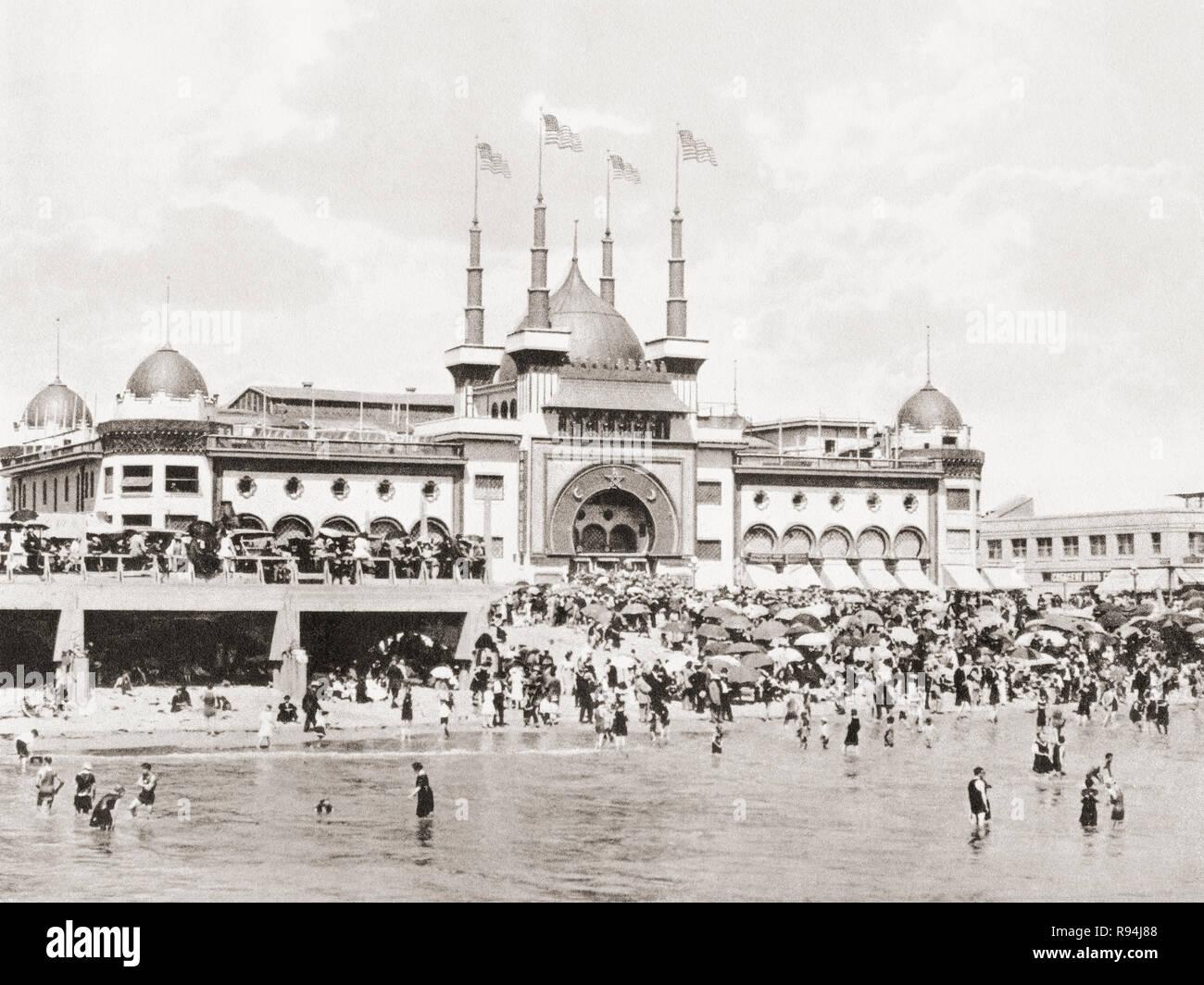 The Natatorium, Ocean Park, Los Angeles, California, United States of America, c. 1915.  From Wonderful California, published 1915. - Stock Image