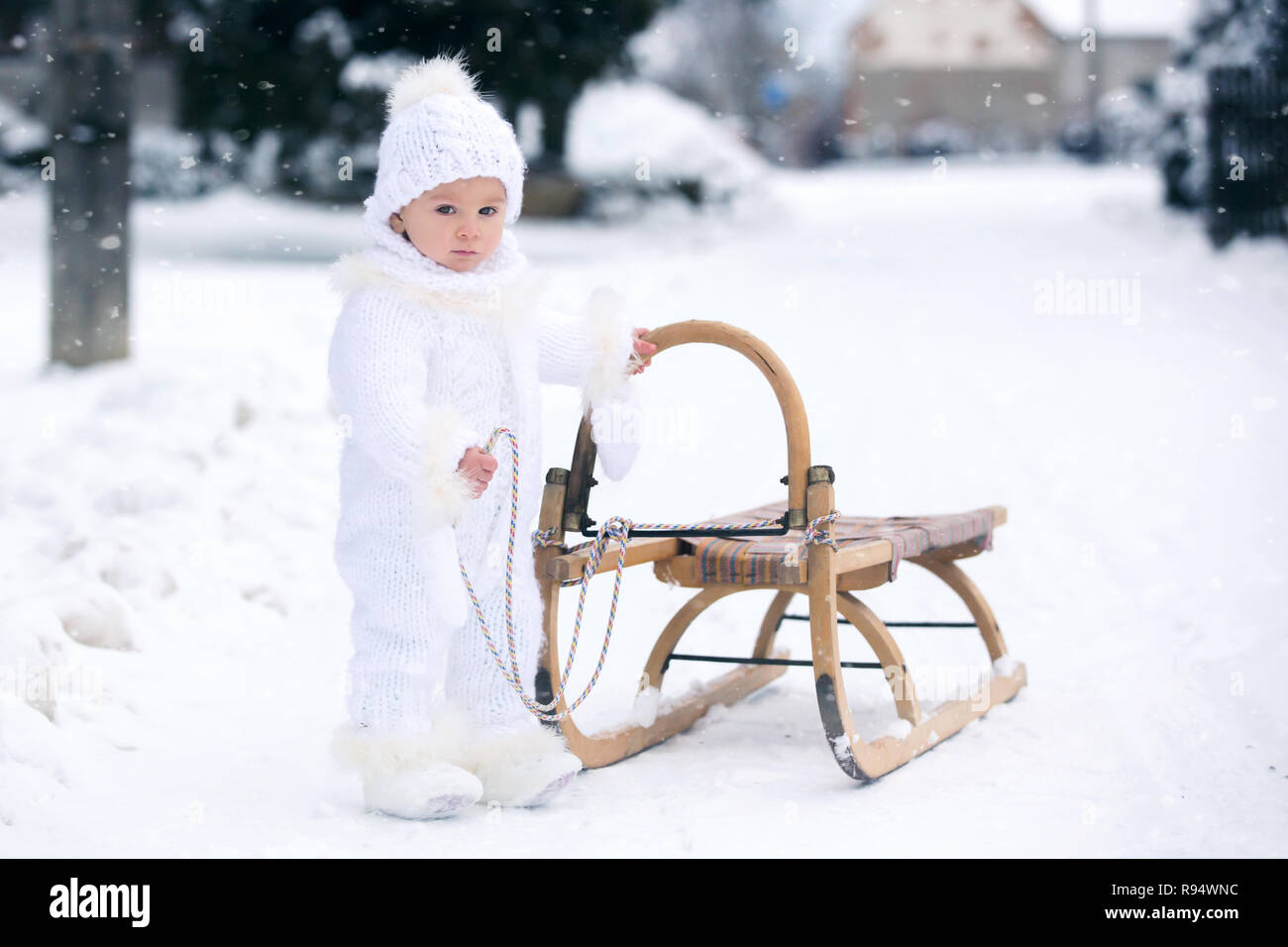93b4f5534 Cute little toddler boy