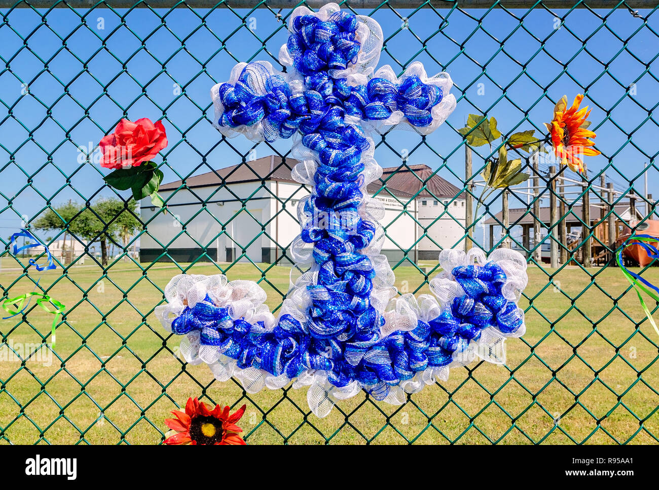 "An anchor hangs on a ""gratitude fence"" at the Texas Maritime Museum to thank Hurricane Harvey first responders in Rockport, Texas. - Stock Image"