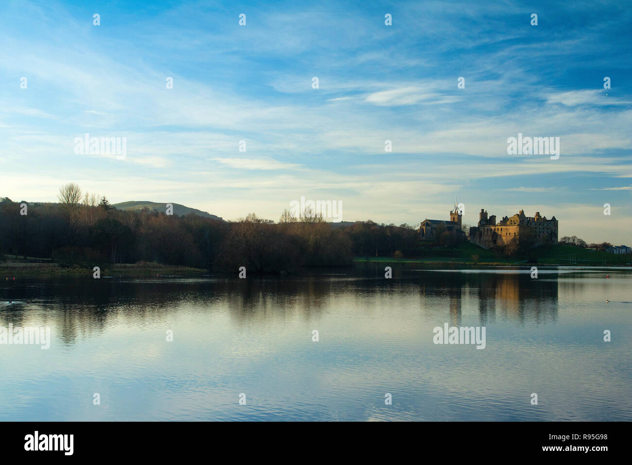 Linlithgow Palace and Linlithgow Loch, Linlithgow, West Lothian Stock Photo