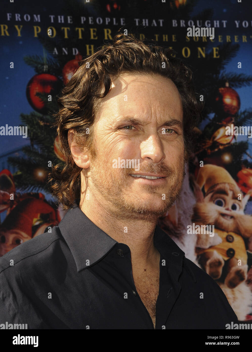 The Christmas Chronicles Poster.The Christmas Chronicles Premiere Featuring Oliver Hudson