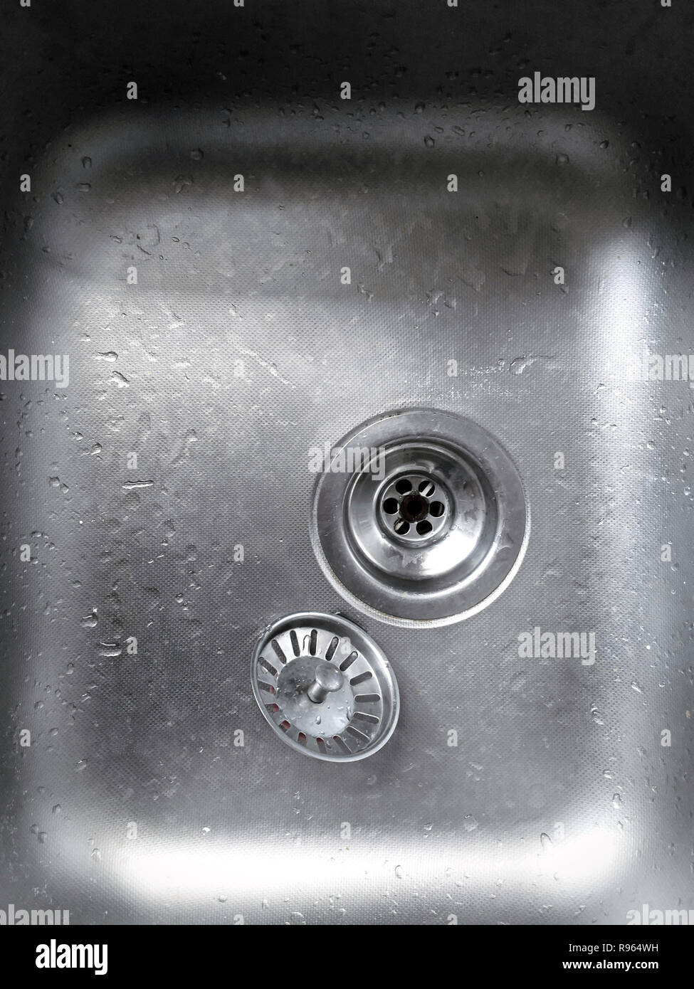 Kitchen Sink Isolated On White Background Stainless Steel Single Bowl Inset Sink Kitchen Sink Top View Built In Appliances Kitchen Appliance Dome Stock Photo Alamy
