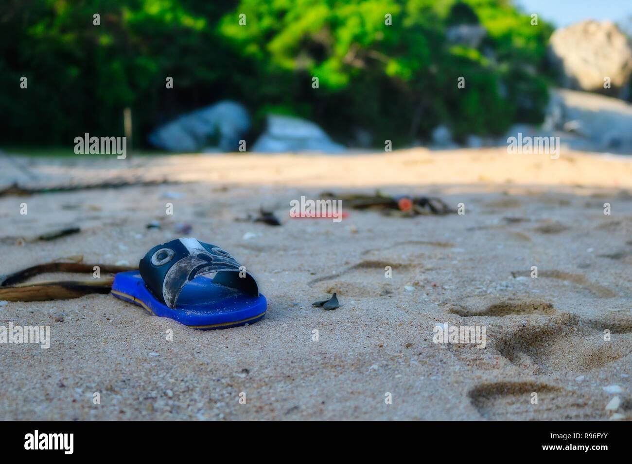 This shocking photo shows the totally plastic littered beach of Hua Hin in Thailand. These are the original beaches of Thailand land of garbage. - Stock Image
