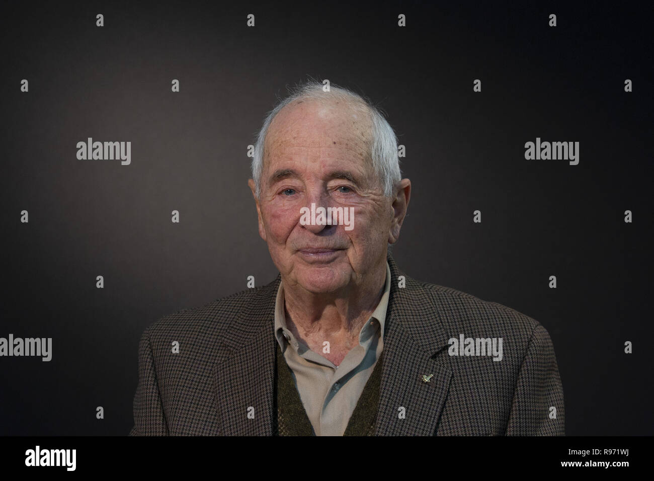 Former NASA Astronaut Bill Anders poses for a portrait in Burlington, Washington on November 21, 2018. 21st Nov, 2018. Anders took the iconic ''Earthrise'' photo during NASA's Apollo 8 mission. Credit: David Ryder/ZUMA Wire/Alamy Live News - Stock Image
