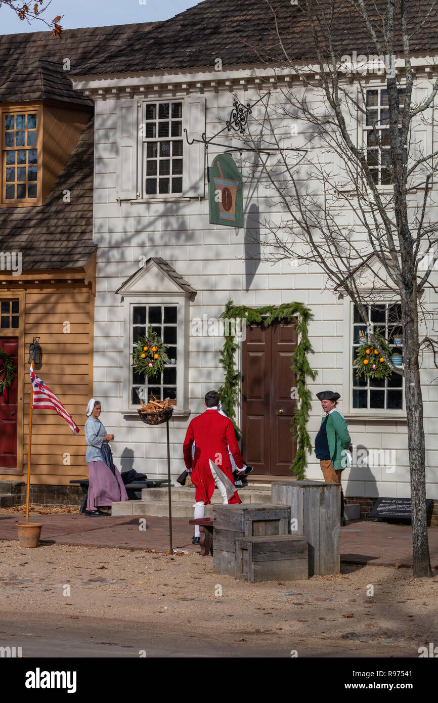 Colonial Williamsburg Christmas.Costumed Interpreters And Christmas Decorations Colonial