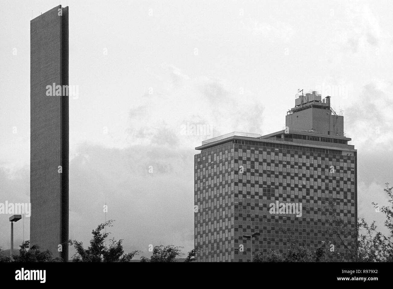 MONTERREY, NL/MEXICO - NOV 2, 2003: The Commerce Lighthouse by Luis Barragan, built by Raul Ferrera, and the Condominio Acero building, Macroplaza Stock Photo