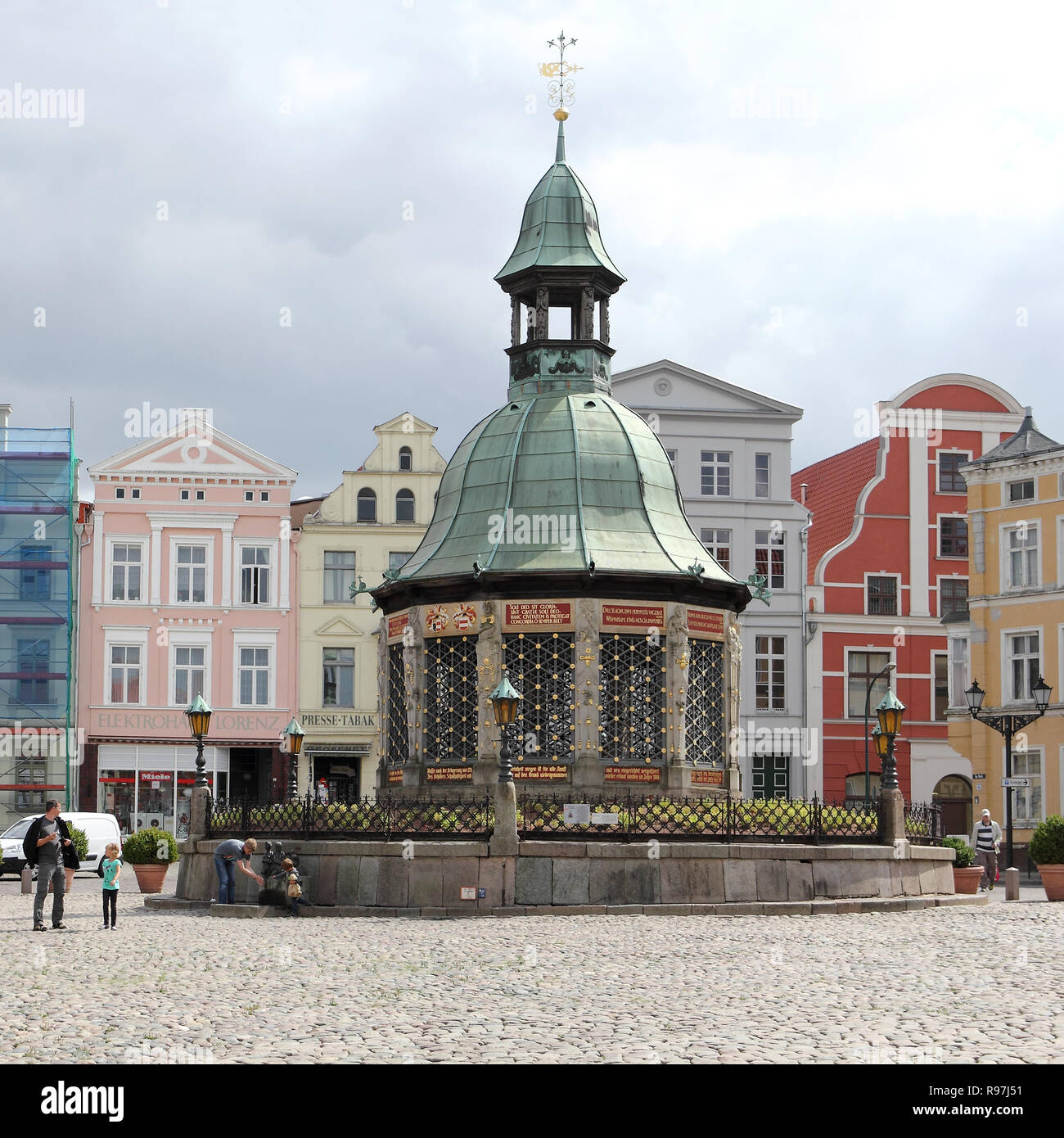 The famous waterworks at market place of Wismar - Stock Image