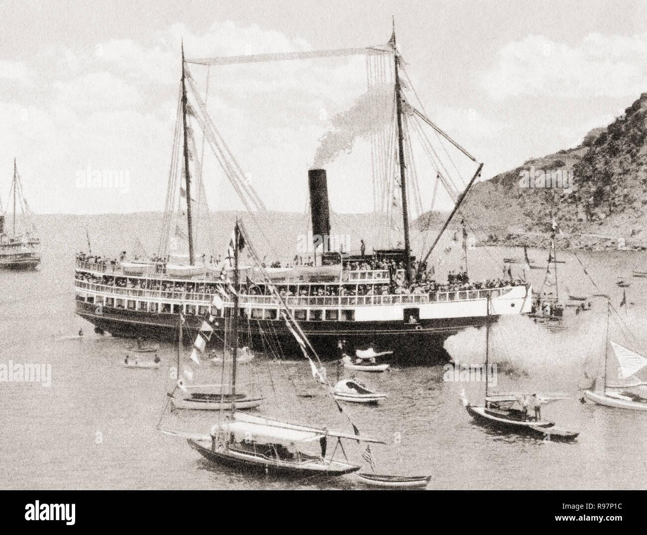 e2cca58c94fe Boats moored in Avalon Bay on Santa Catalina Island California. P77FNE  (RF). The SS Cabrillo