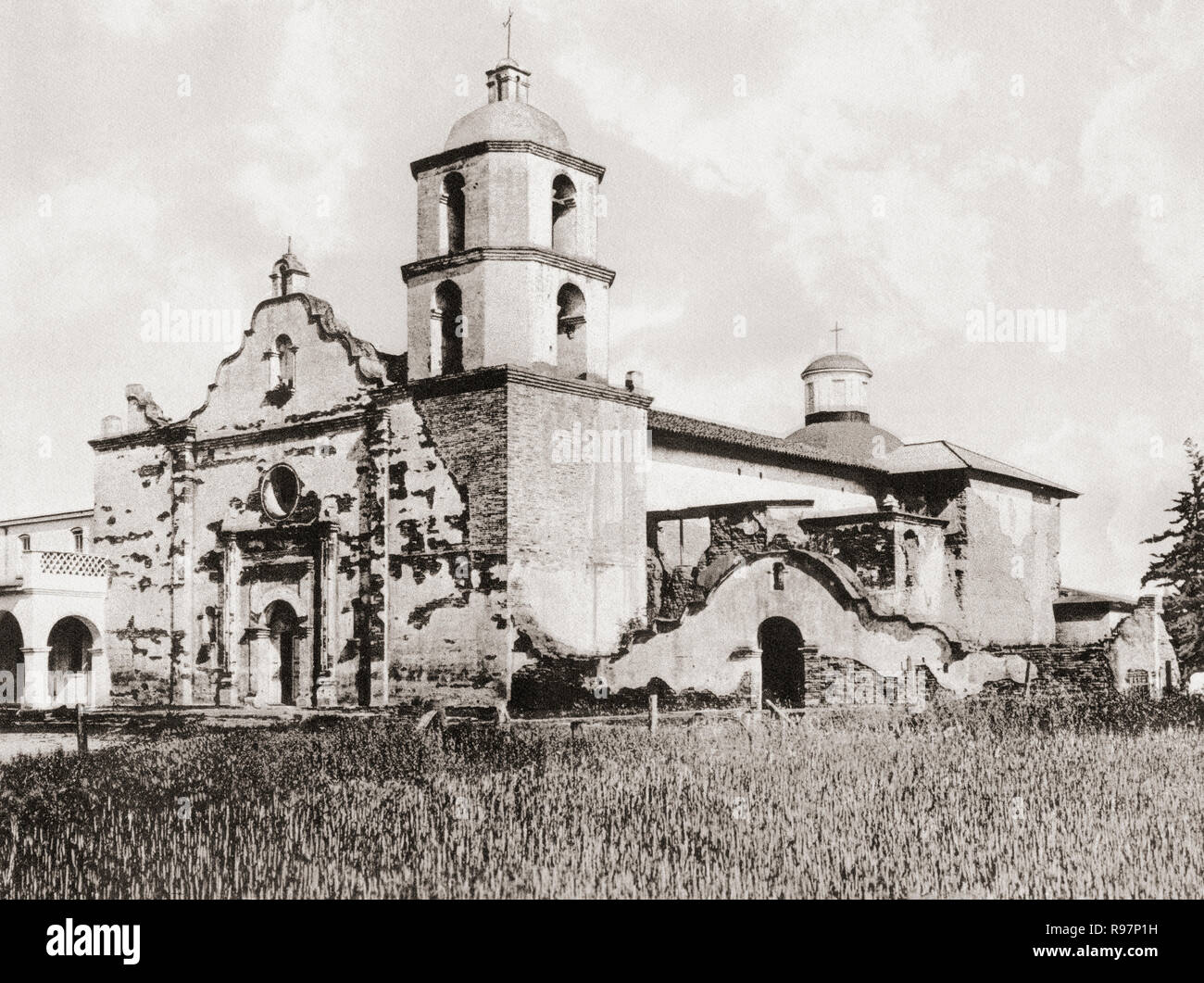 Mission San Luis Rey de Francia, San Luis Rey, San Diego County, California, United States of America, c. 1915.  The mission was founded on June 13, 1798 by Padre Fermín Lasuén.  From Wonderful California, published 1915. - Stock Image