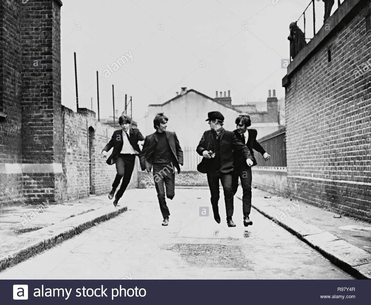Original film title: A HARD DAY'S NIGHT. English title: A HARD DAY'S NIGHT. Year: 1964. Director: RICHARD LESTER. Stars: THE BEATLES; RINGO STARR; GEORGE HARRISON; PAUL MCCARTNEY; JOHN LENNON. Credit: UNITED ARTISTS / Album - Stock Image