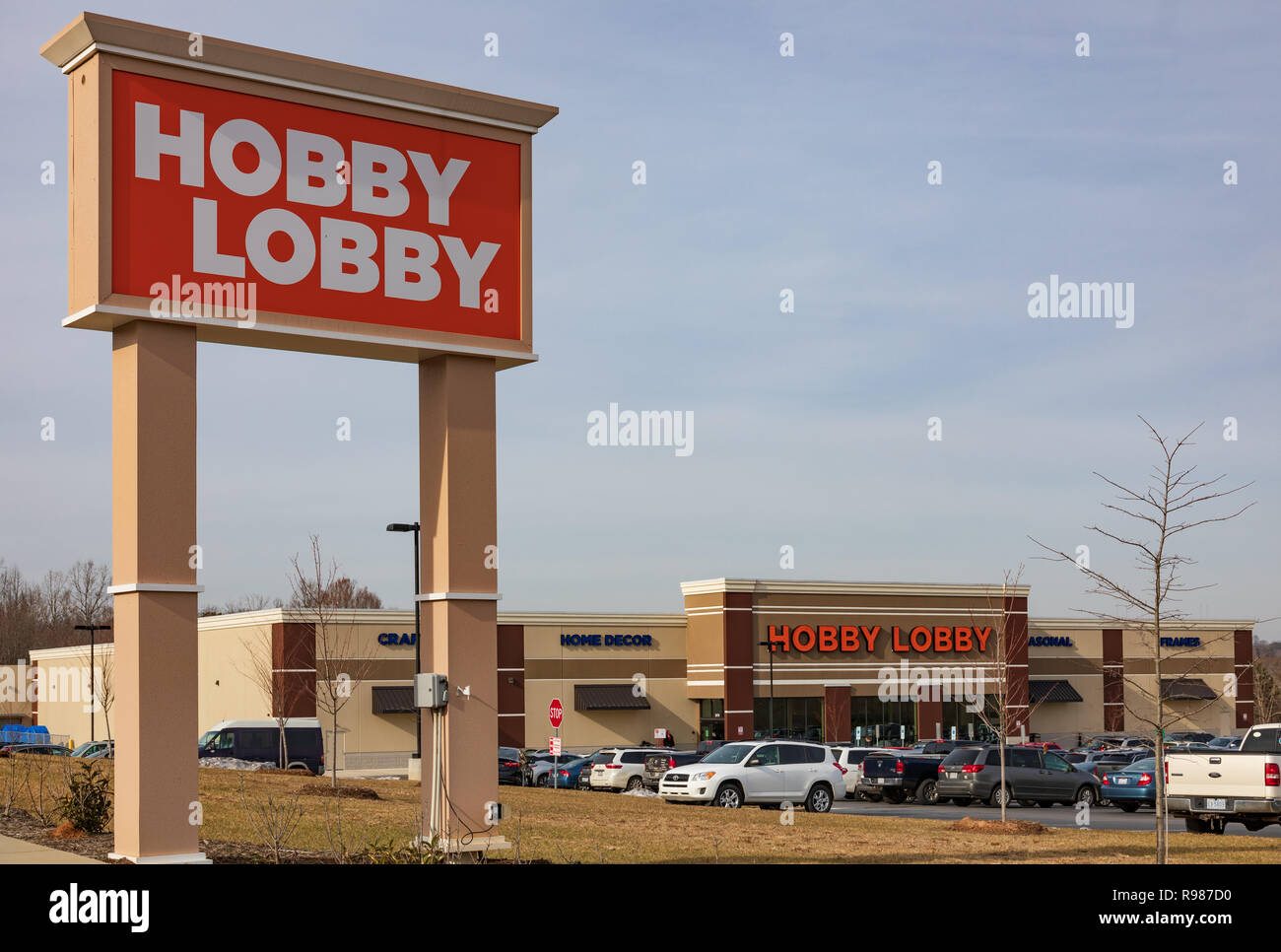 HICKORY, NC, USA-12-19-18: Hobby Lobby, one of more than 800 privately-owned chain of arts and crafts stores. - Stock Image