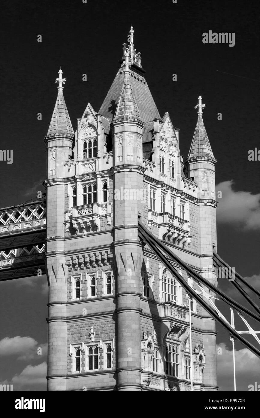 LONDON, UK - SEPTEMBER 1, 2018. Close up of the Tower Bridge on the River Thames, London, England, UK, September 1, 2018 - Stock Image