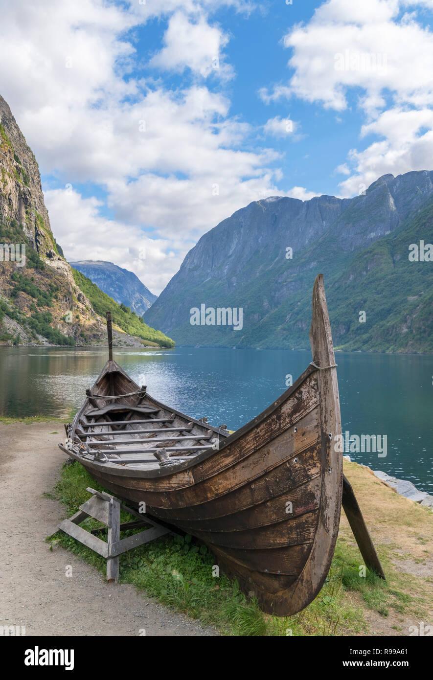 Replica viking boat in Gudvangen, Nærøyfjord, Sognefjord, Sogn og Fjordane, Norway - Stock Image