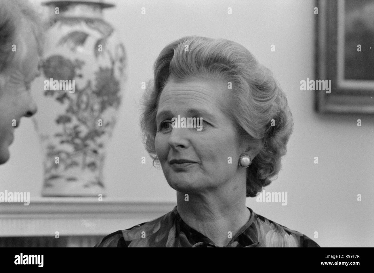 British Prime Minister Margaret Thatcher with President Jimmy Carter at the White House, Washington, D.C. . 1977 Sep. 13 - Stock Image