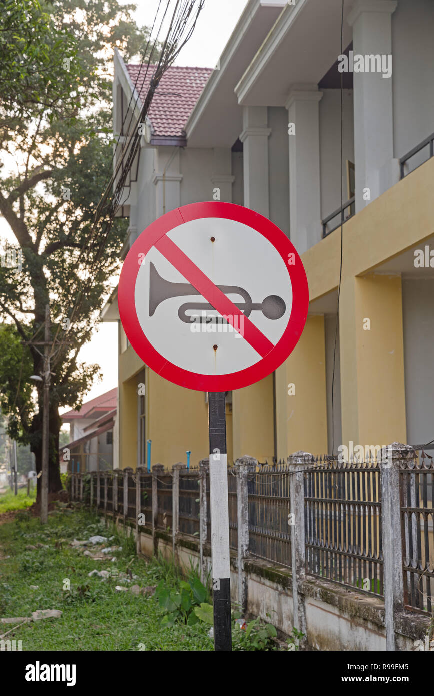 no horn sign on a street in Thakhek Laos - Stock Image