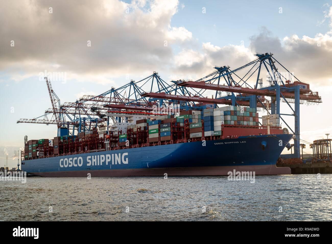 Hamburg, Deutschland  02nd Nov, 2018  The partly loaded