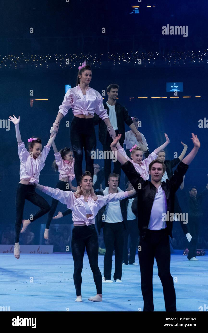 Acrobatics group performance during the yearly gymgala, organised by Gymnastiekfederatie Vlaanderen at the Antwerp Sportpaleis - Stock Image