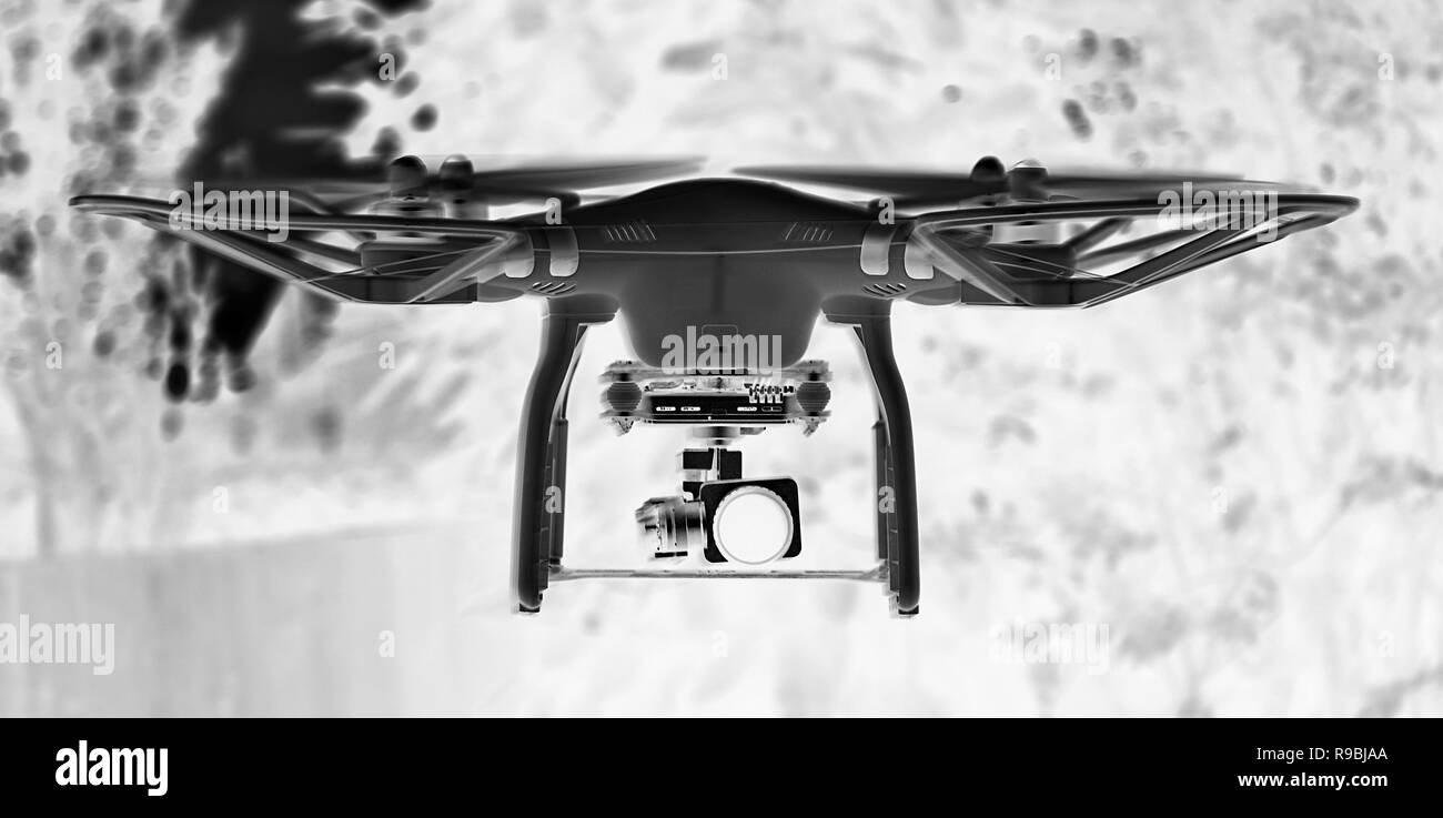 criminal activity, drone pilot , risk to commercial aircraft - Stock Image