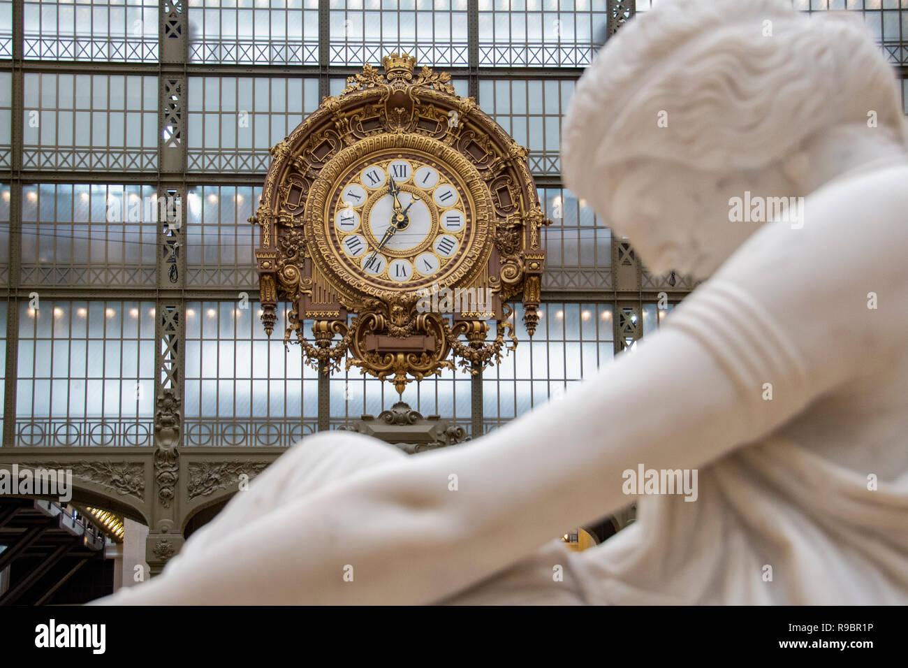 Paris (75), 7éme Arrondissement. Musée d'Orsay. Horloge // France. Paris (75), 7th Arrondissement. Orsay Museum. Clock - Stock Image