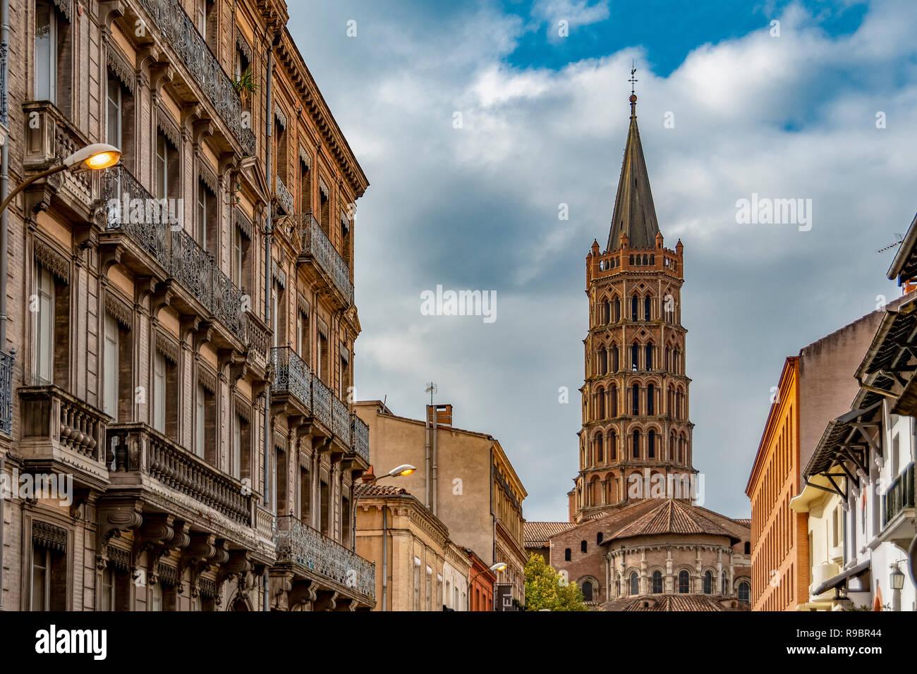 France. Haute-Garonne (31), Toulouse. Dome of the Saint-Sernin Basilica Stock Photo