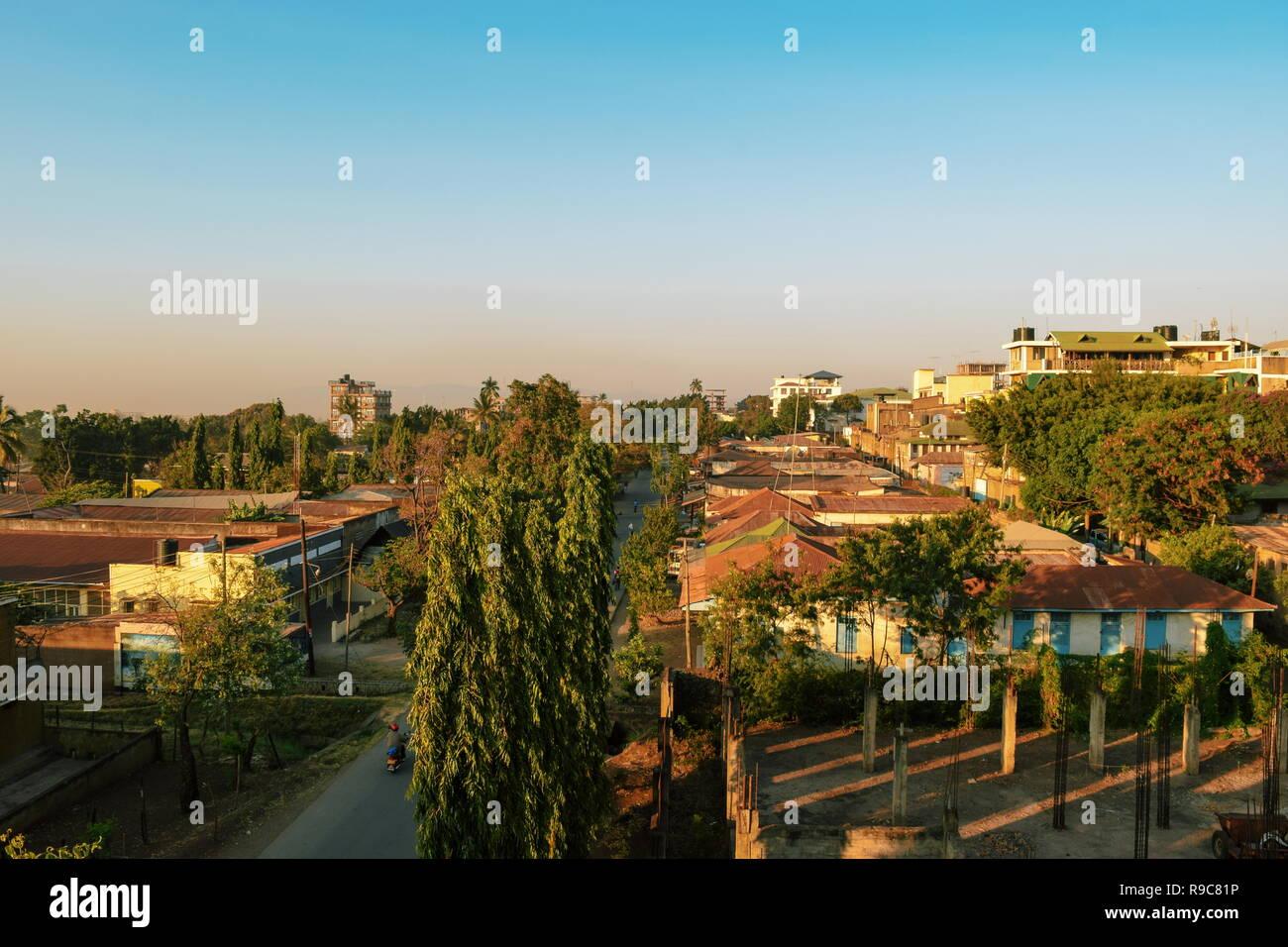 Moshi Town against the background of Mount Kilimanjaro, Tanzania - Stock Image