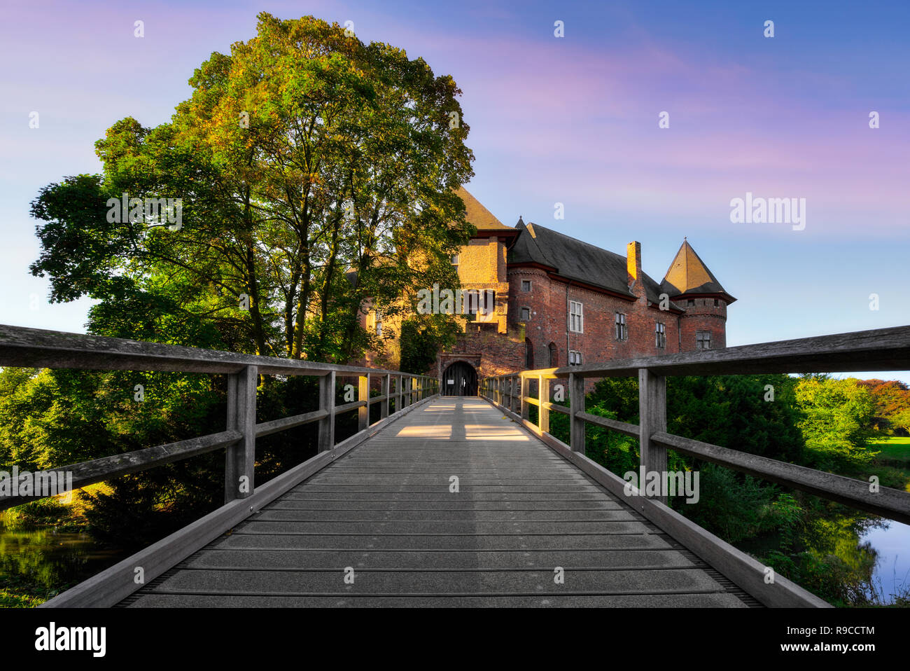 Burg Linn Castle, Krefeld, North Rhine-Westphalia, Germany - Stock Image