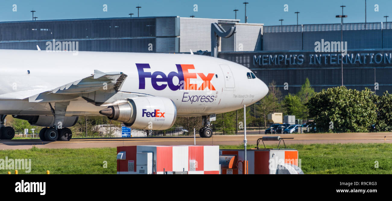 FedEx Express cargo jet at Memphis International Airport in Memphis, Tennessee. (USA) - Stock Image