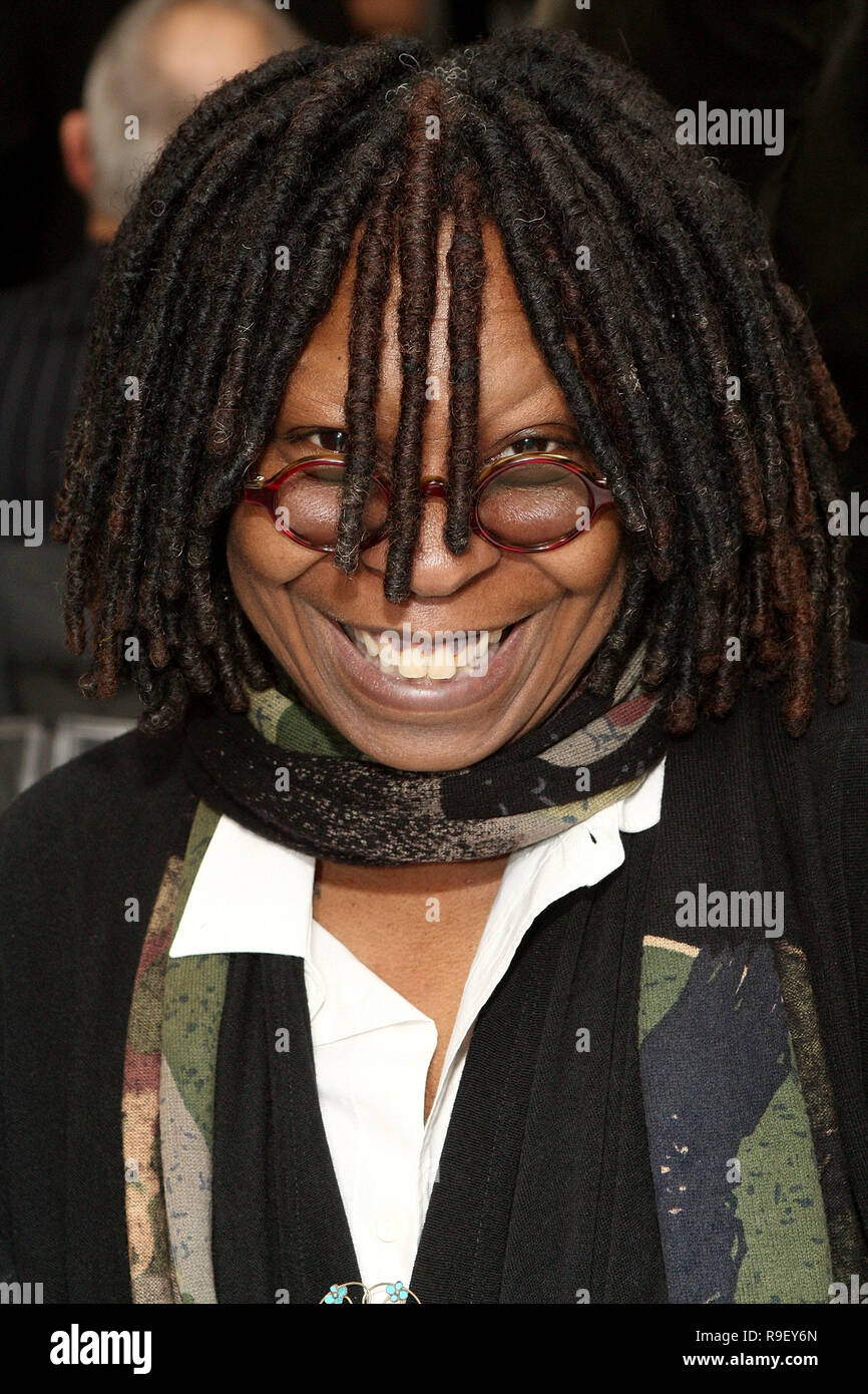 Whoopi Goldberg New York City Stock Photos Whoopi Goldberg New