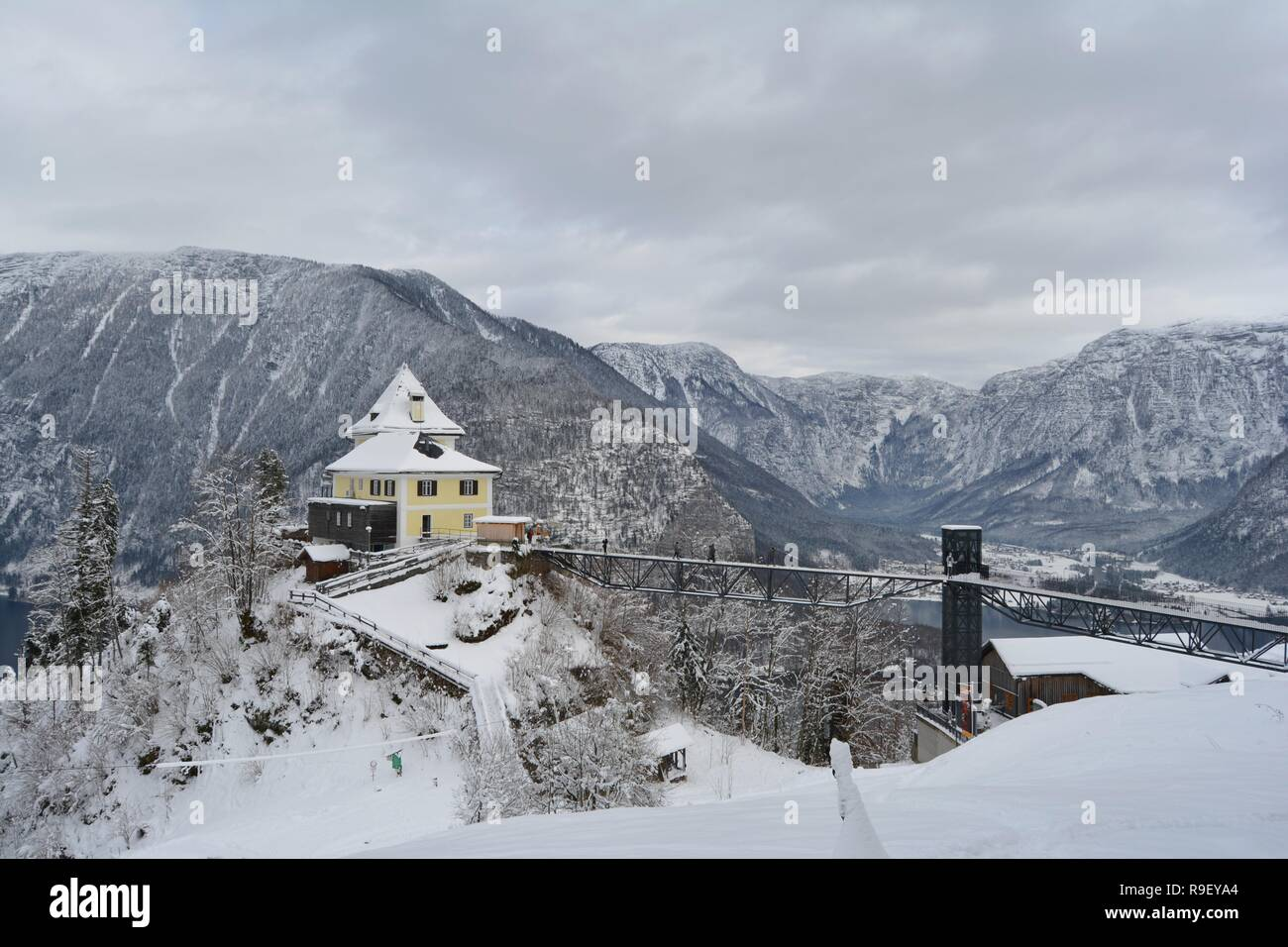Hallstatt, Austria Sky walk. Stunning view from the top, of the snowy mountains and  the lake. - Stock Image